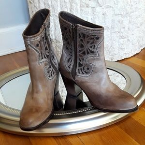 Like New! Corral Ankle Boots